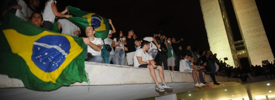 Walking and protesting in Brasília