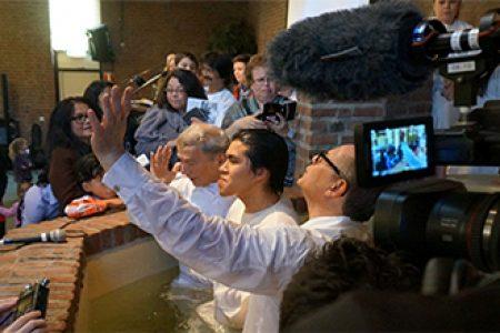 Moved by the Spirit: Sensing the Divine in a Dutch Pentecostal Church